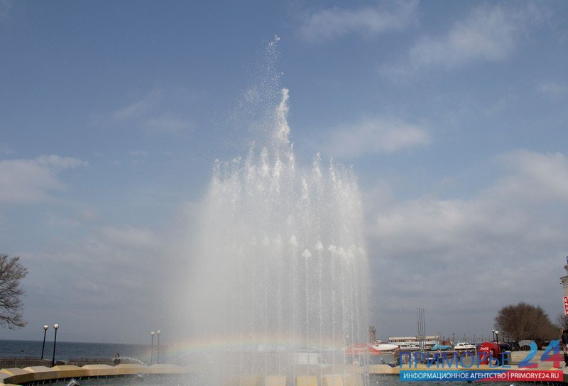 The fountain on the waterfront in Vladivostok Sports earned a test mode