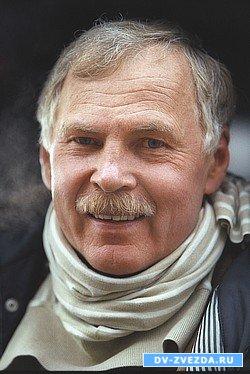 http://dv-zvezda.ru/uploads/posts/2009-06/1246342960_vladimir-gostyuxin-chetv-2.jpg