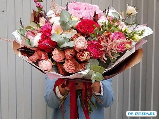 Порадуй любимого человека букетом свежих цветов от 5000 тенге c доставкой от 60 минут